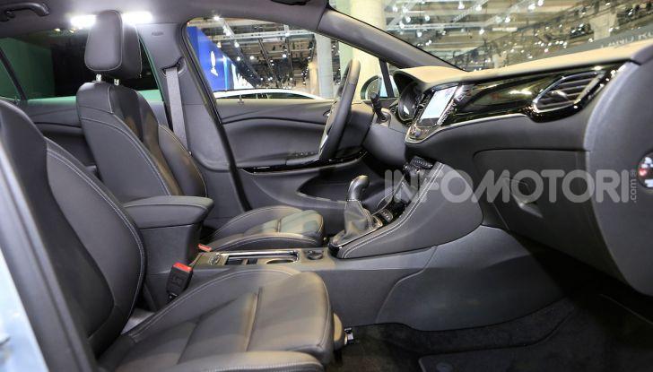 Opel Astra 2020: molto aerodinamica e tutta nuova - Foto 10 di 13