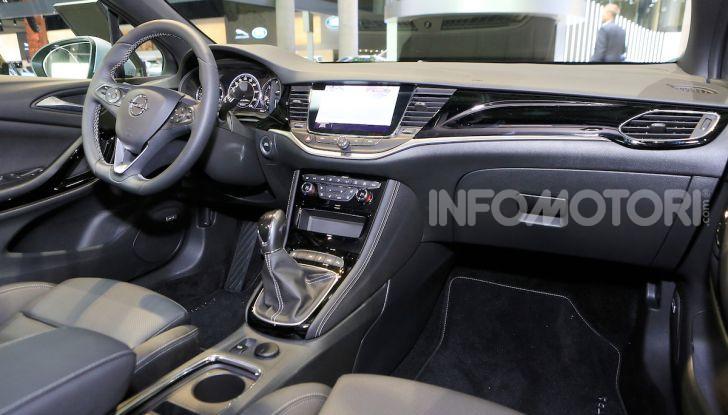 Opel Astra 2020: molto aerodinamica e tutta nuova - Foto 11 di 13