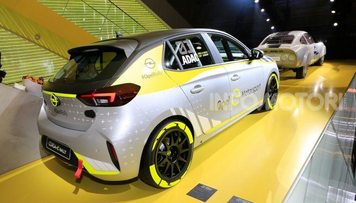 Opel Corsa-e, la prima auto da rally elettrica - Foto 4 di 17