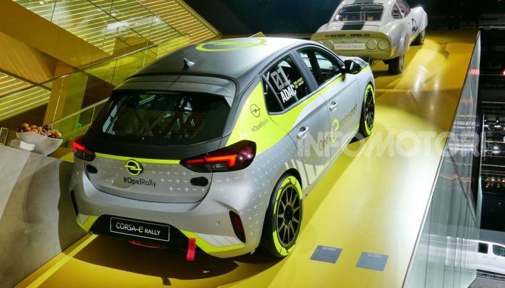 Opel Corsa-e, la prima auto da rally elettrica - Foto 12 di 17