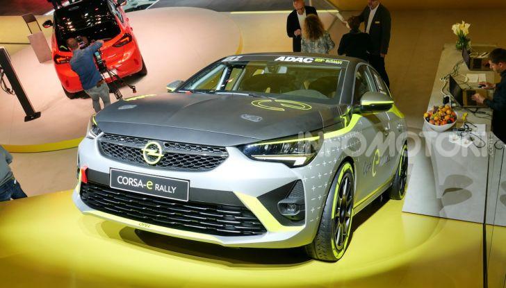 Opel Corsa-e, la prima auto da rally elettrica - Foto 1 di 17