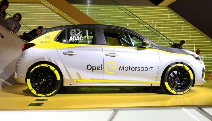 Opel Corsa-e, la prima auto da rally elettrica - Foto 2 di 17