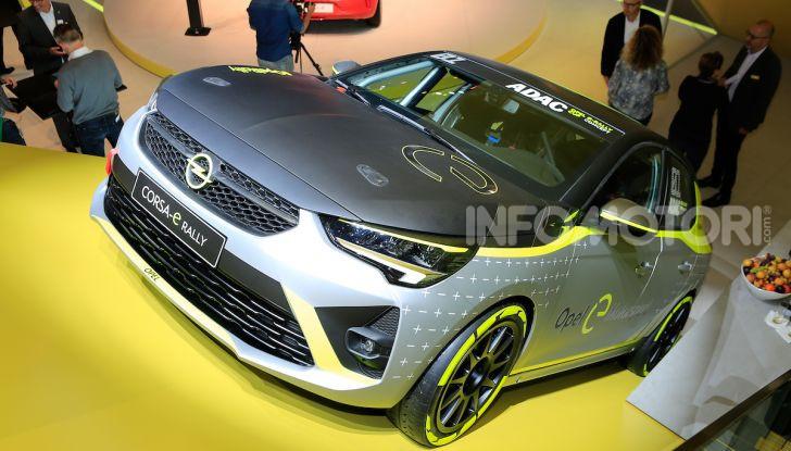Opel Corsa-e, la prima auto da rally elettrica - Foto 6 di 17