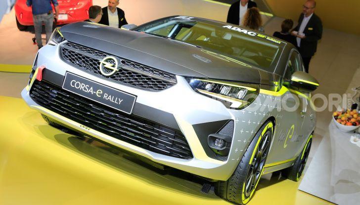 Opel Corsa-e, la prima auto da rally elettrica - Foto 9 di 17