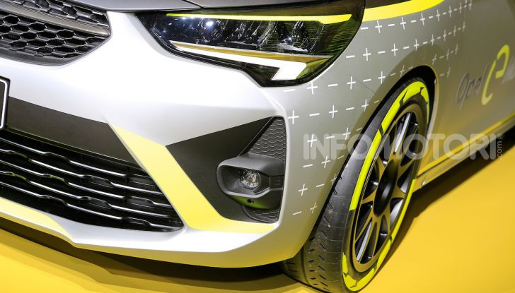 Opel Corsa-e, la prima auto da rally elettrica - Foto 7 di 17