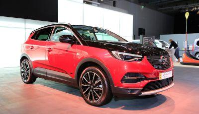 Opel Grandland X Plug-In Hybrid4: trazione integrale e poche emissioni
