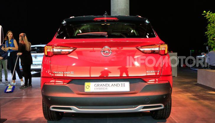 Opel Grandland X Plug-In Hybrid4: trazione integrale e poche emissioni - Foto 13 di 14