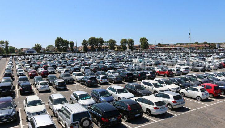 Parcheggio auto: tutti gli strumenti per ricordarsi la posizione della macchina - Foto 4 di 11