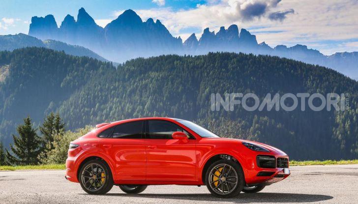 [VIDEO] Prova Porsche Cayenne Coupè 2019: il SUV sportivo ed elegante - Foto 3 di 25