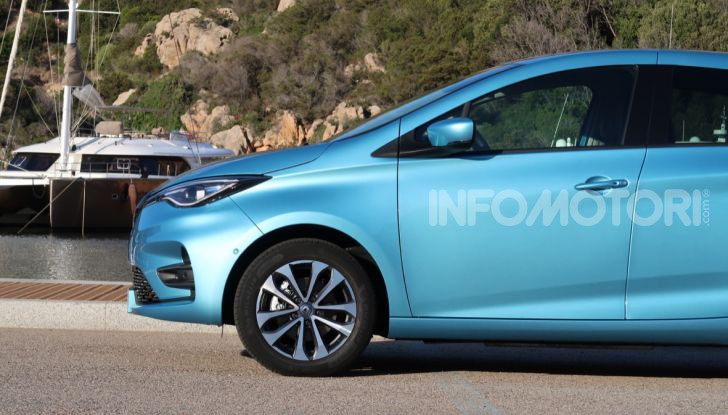 Nuova Renault ZOE 2020, l'elettrica da città alla sua terza serie - Foto 17 di 26