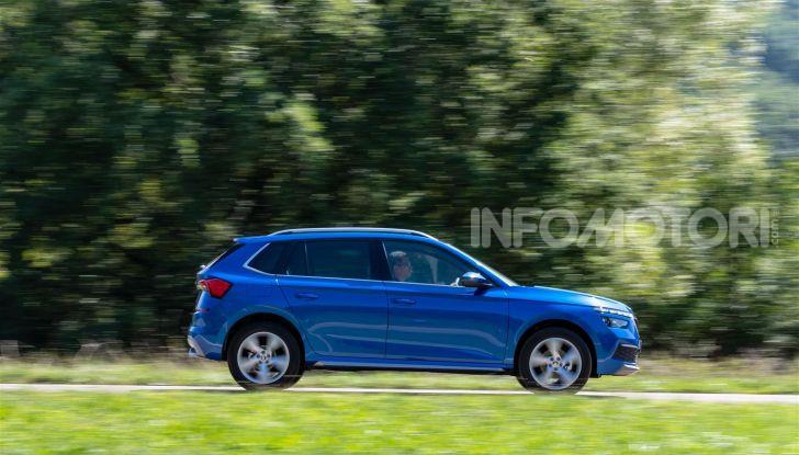 Prova su strada Skoda Kamiq: il terzo elemento della gamma SUV - Foto 5 di 39