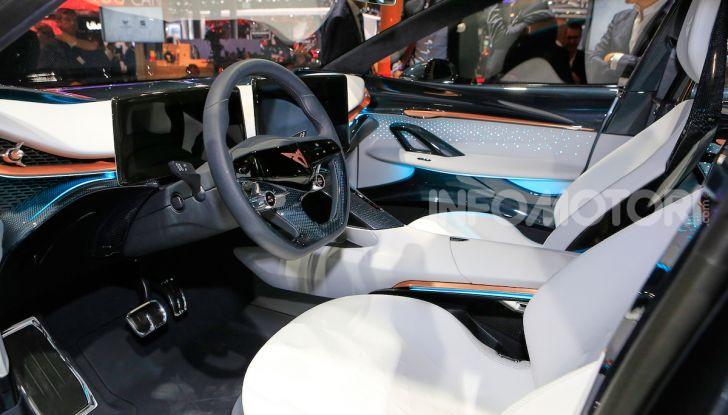 Cupra Tavascan Concept, il SUV coupé 100% elettrico - Foto 24 di 26