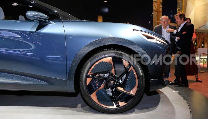 Cupra Tavascan Concept, il SUV coupé 100% elettrico - Foto 6 di 26