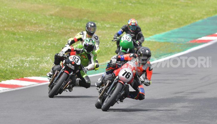 Misano ospita l'ultima tappa del Trofeo Moto Guzzi Fast Endurance - Foto 2 di 4