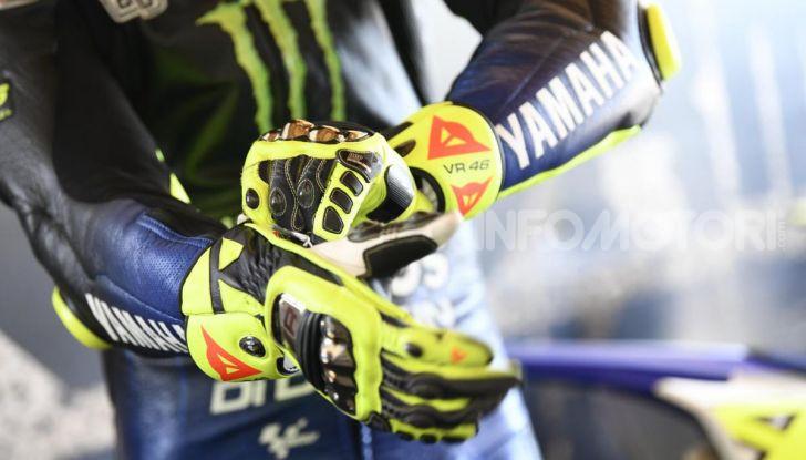 Valentino Rossi verso Misano con la sua Yamaha M1… per le strade di Tavullia! - Foto 32 di 39