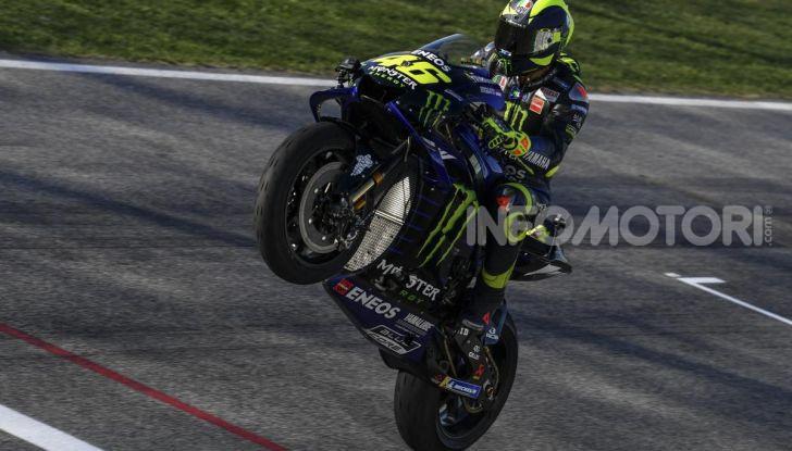 Valentino Rossi verso Misano con la sua Yamaha M1… per le strade di Tavullia! - Foto 36 di 39