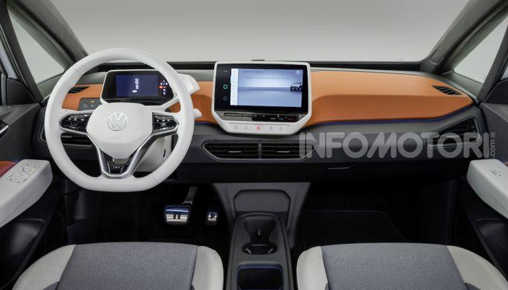 Volkswagen ID.3 R, la compatta elettrica dalle alte prestazioni - Foto 10 di 47