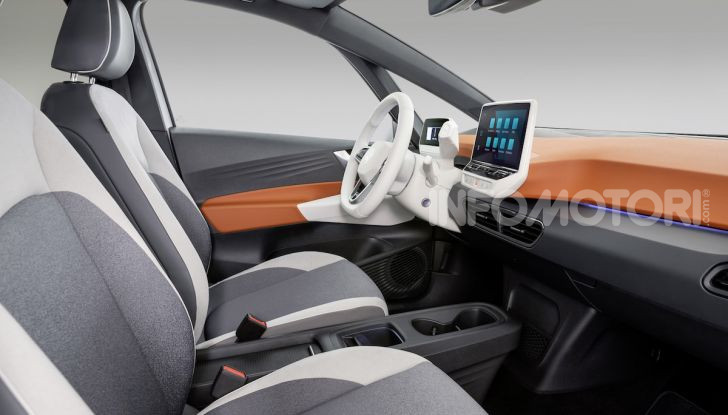 Volkswagen ID.3 R, la compatta elettrica dalle alte prestazioni - Foto 11 di 47