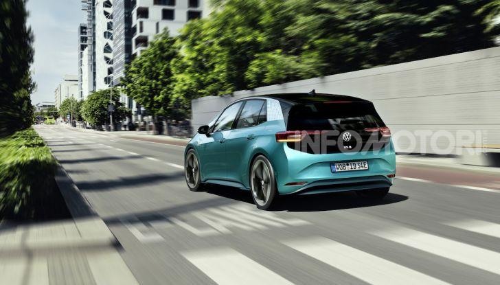 Volkswagen ID.3 R, la compatta elettrica dalle alte prestazioni - Foto 16 di 47