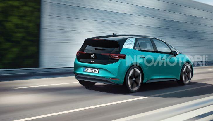 Volkswagen ID.3 R, la compatta elettrica dalle alte prestazioni - Foto 18 di 47