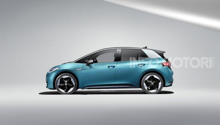 Volkswagen ID.3 R, la compatta elettrica dalle alte prestazioni - Foto 2 di 47