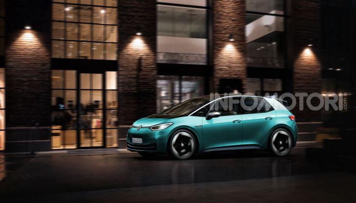 Volkswagen ID.3 R, la compatta elettrica dalle alte prestazioni - Foto 21 di 47