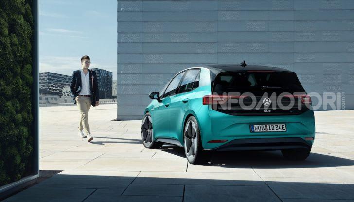 Volkswagen ID.3 R, la compatta elettrica dalle alte prestazioni - Foto 24 di 47