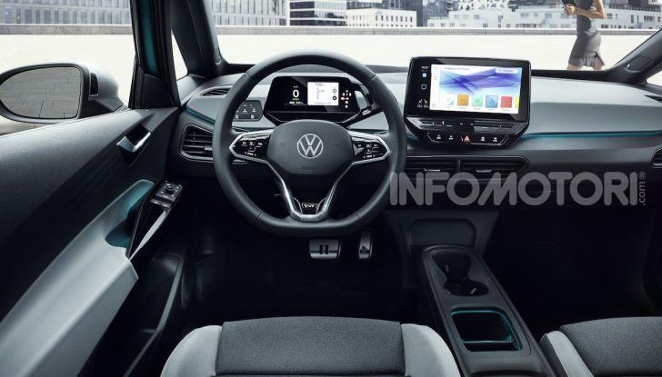 Volkswagen ID.3 R, la compatta elettrica dalle alte prestazioni - Foto 30 di 47