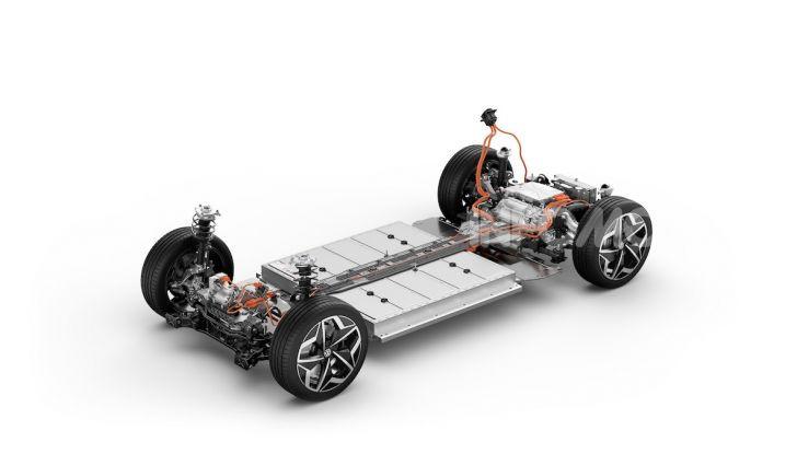 Volkswagen ID.3 R, la compatta elettrica dalle alte prestazioni - Foto 41 di 47