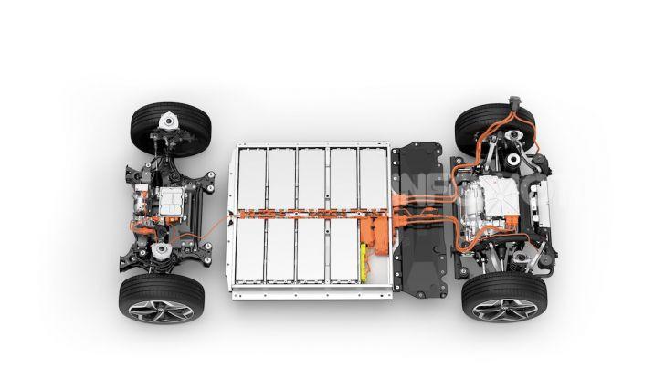 Volkswagen ID.3 R, la compatta elettrica dalle alte prestazioni - Foto 43 di 47