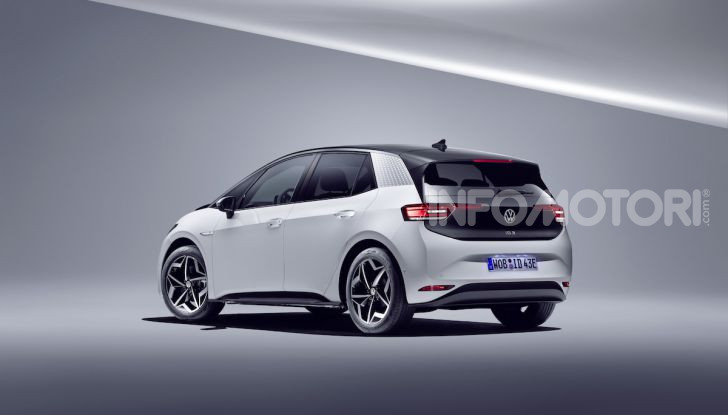 Volkswagen ID.3 R, la compatta elettrica dalle alte prestazioni - Foto 8 di 47