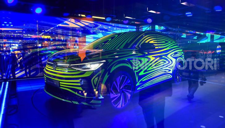 ID.4, il SUV elettrico secondo Volkswagen - Foto 27 di 30