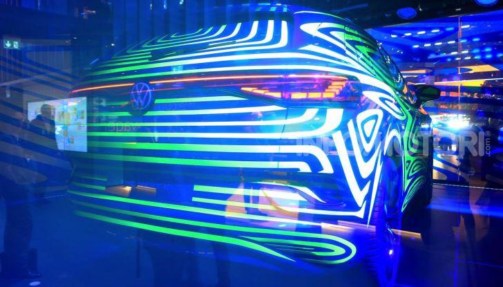 ID.4, il SUV elettrico secondo Volkswagen - Foto 7 di 30