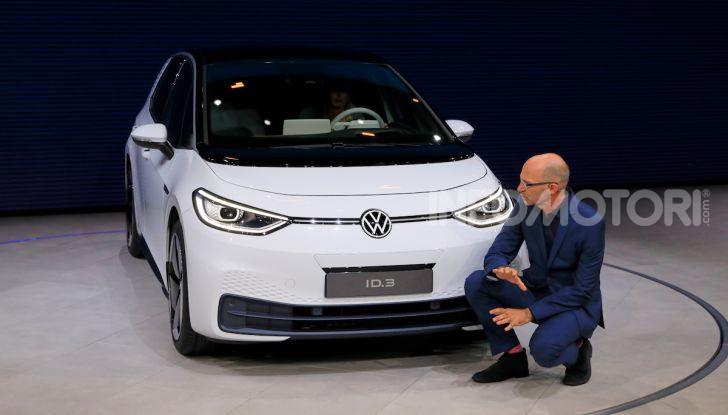 Volkswagen ID.3, la prima elettrica della famiglia ID VW - Foto 15 di 34