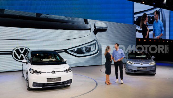 Volkswagen ID.3, la prima elettrica della famiglia ID VW - Foto 8 di 34
