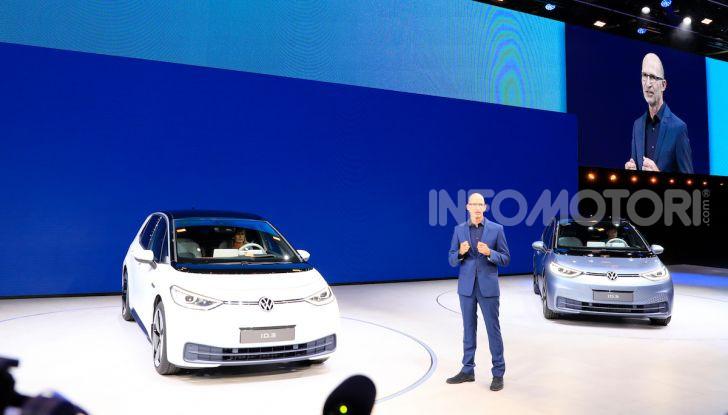 Volkswagen ID.3, la prima elettrica della famiglia ID VW - Foto 10 di 34