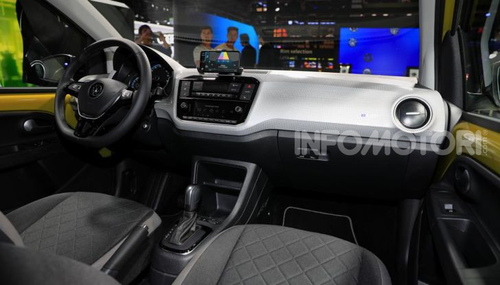 Volkswagen e-up: la piccola tedesca dalla grande autonomia - Foto 10 di 11