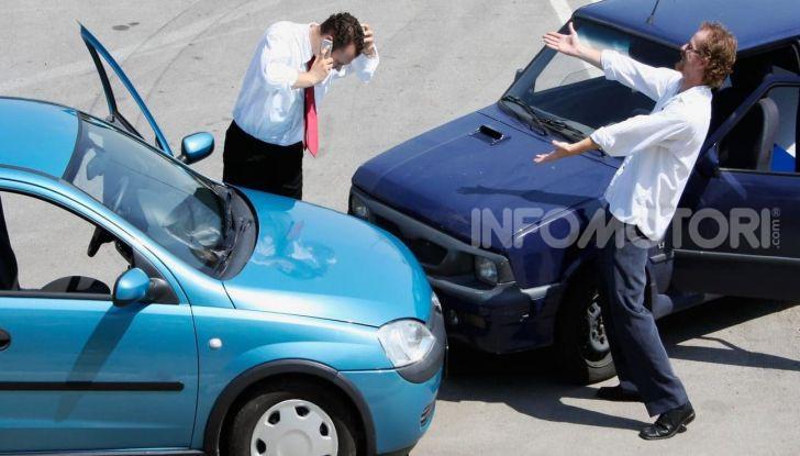 Un incidente stradale tra due automobilisti