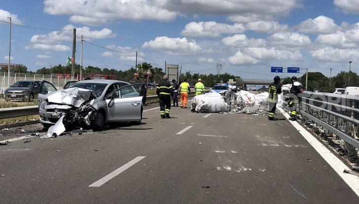 Un incidente stradale in autostrada