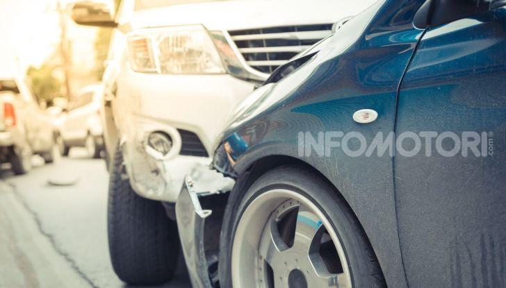 Un incidente stradale tra due vetture