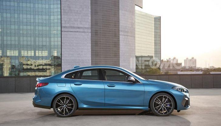 BMW Serie 2 Grand Coupé 2020, trazione anteriore e nuovo stile - Foto 2 di 49