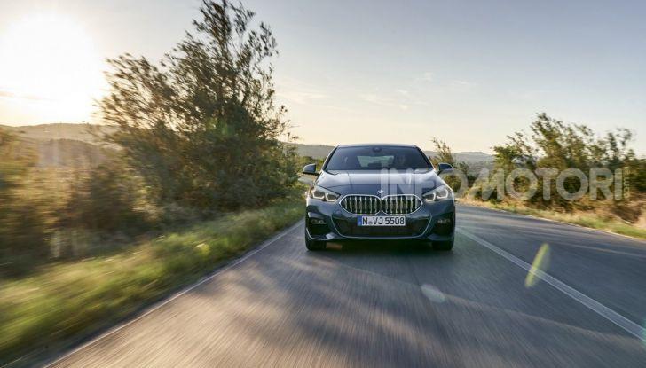BMW Serie 2 Grand Coupé 2020, trazione anteriore e nuovo stile - Foto 25 di 49