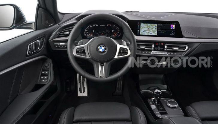BMW Serie 2 Grand Coupé 2020, trazione anteriore e nuovo stile - Foto 32 di 49