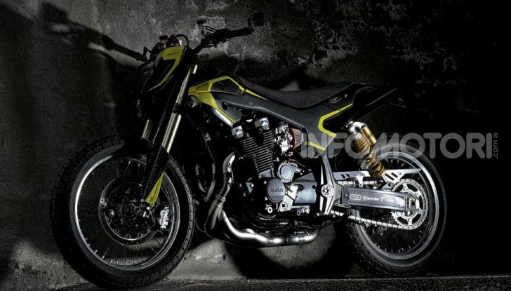 Vista laterale della Yamaha XJR 1300 Mya di Valentino Rossi