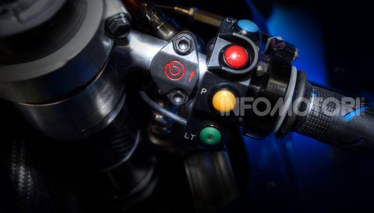 Tra dischi e pastiglie: un viaggio nel mondo dei freni nella fabbrica Racing di Brembo - Foto 11 di 36