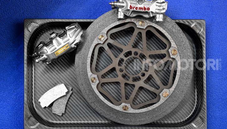 Tra dischi e pastiglie: un viaggio nel mondo dei freni nella fabbrica Racing di Brembo - Foto 19 di 36