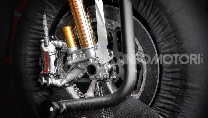 Tra dischi e pastiglie: un viaggio nel mondo dei freni nella fabbrica Racing di Brembo - Foto 8 di 36