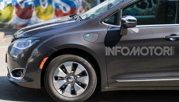 [VIDEO] Prova Chrysler Pacifica Ibrida Plug-In: born in the USA! - Foto 3 di 29