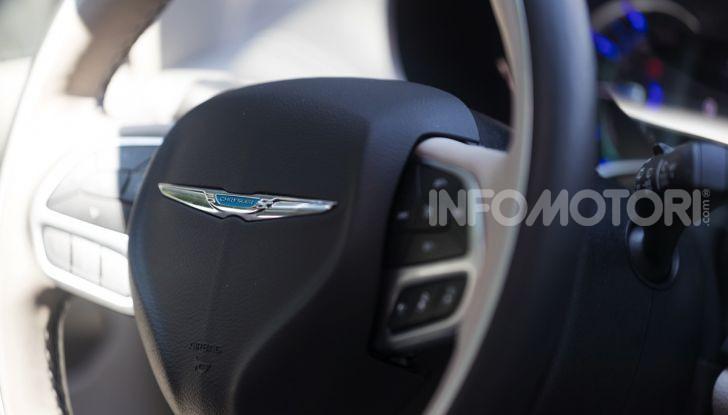 [VIDEO] Prova Chrysler Pacifica Ibrida Plug-In: born in the USA! - Foto 7 di 29