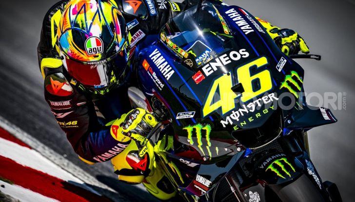 Valentino Rossi in sella alla Yamaha YZR-M1 2019